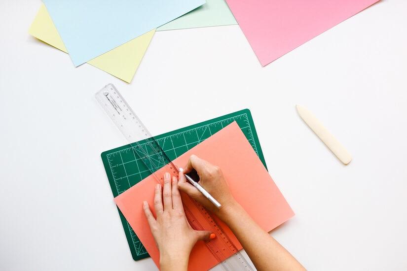 desk-office-pen-ruler-large